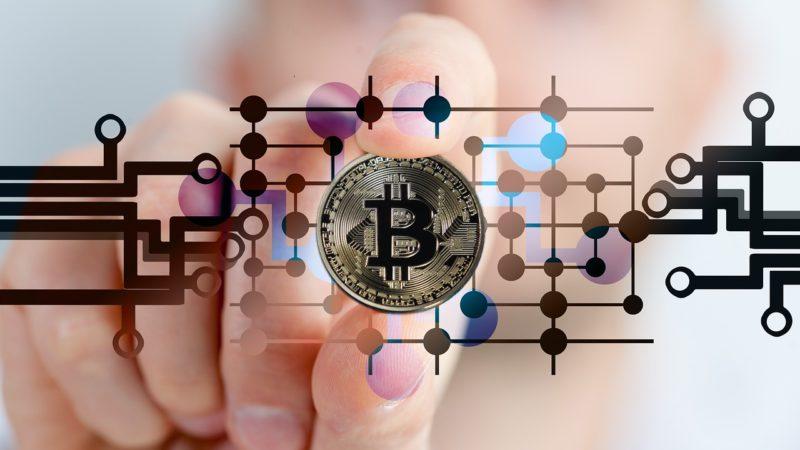 O bitcoinach i innych kryptowalutach słów kilka