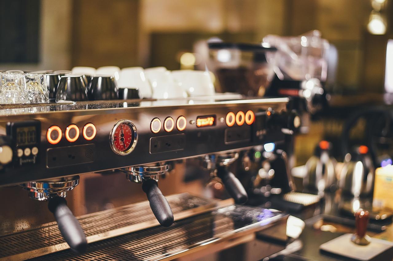 Czy warto wydzierżawić ekspres do kawy?