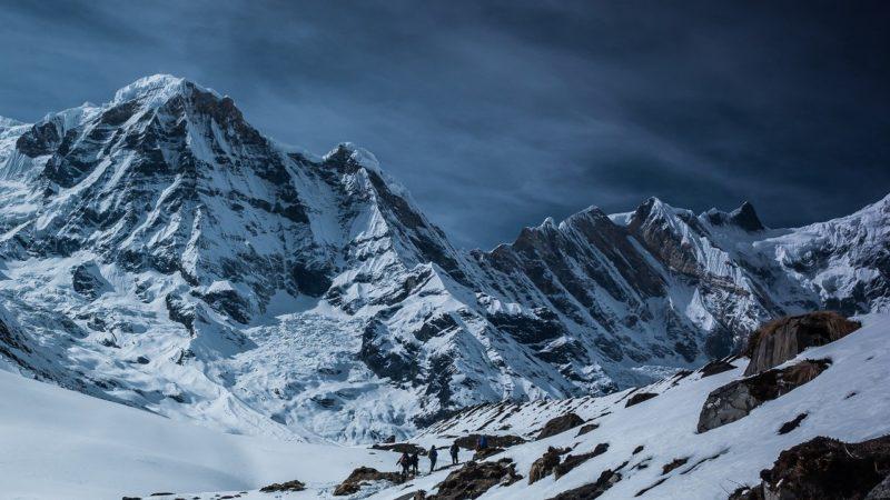 Wypoczynek w górach przy stoku narciarskim